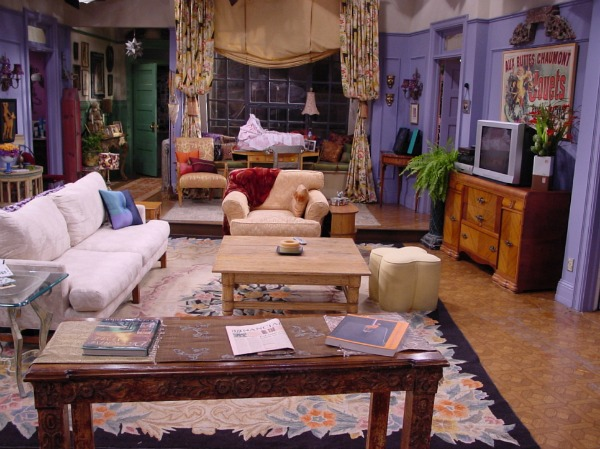 friends set monica's apartment